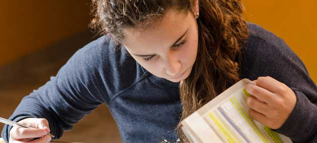 xteenage-girl-revising-630x285.jpg,q1502108235.pagespeed.ic.AmRoaJlmJl